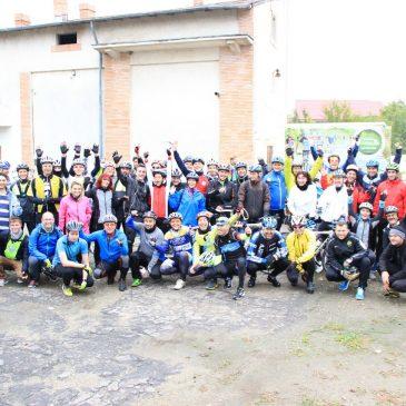 Bicicliști din mai multe județe au vizitat Beciul Domnesc