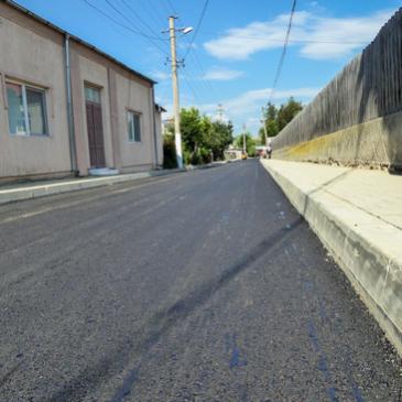 Strada Mihail Kogălniceanu din Odobești a fost asfaltată